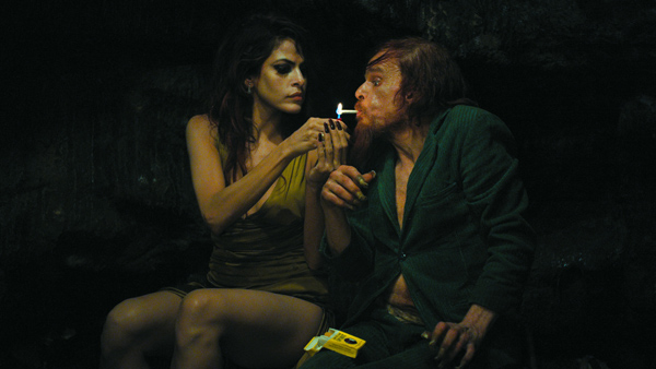EVA MENDES & DENIS LAVANT in HOLY MOTORS [LEOS CARAX 2012]