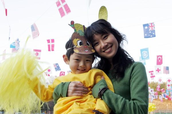 FAMILY TIES, DI TAE-YONG KIM
