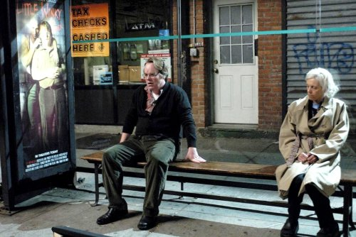 THE SPECIFICS HARDLY MATTER. EVERYONE IS EVERYONE [SYNECDOCHE NEW YORK DI CHARLIE KAUFMAN]